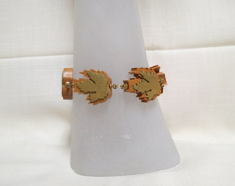 Vintage Rare Marlow Woodcuts Maple Leaf Bracelet Hand Cut and Assembled Wood