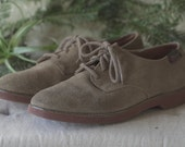 Womens Bass Suede Oxford, Size 7.5