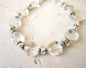 Silver and Clear Bracelet. Clear Quartz Bracelet. Clear Quartz Jewelry.Clear Stone Beaded Bracelet. Clear Jewelry. Clear Stone Bracelet