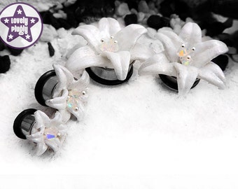"White Wedding Lily Flower Plug / Gauge Floral 3D Printed Iridescent Prom Office Custom ONE Plug Only 3/4"" / 19mm, 20mm"