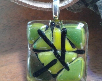 Green abstract pendant