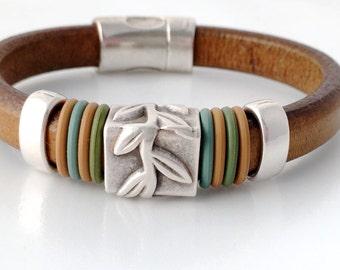 Leather Bracelet - Bracelet for Her - Leaf Bracelet - Womens Jewelry - Jewelry for Women - Modern Jewelry - Hippy Bracelet - Hipster