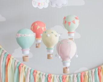 Baby Mobile, Nursery Decor, Hot Air Balloon, Travel Theme Nursery, Gender Neutral, i102