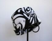 Black and White Swirl Fleece Hat, Roll Brim Hat, Fleece Hat, Soft and Warm Hat
