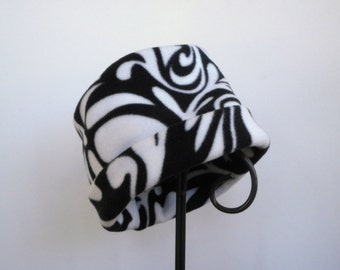 Black and White Swirl Fleece Hat, Roll Brim Hat, Fleece Hat, Soft and Warm Hat