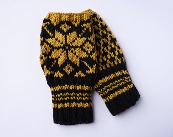 Fingerless Mittens - Traditional Norwegian Design // Selbu Style in Ochre Yellow and Black