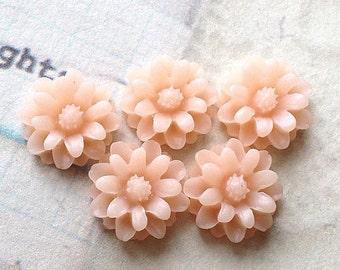 12 mm Tan Brown Color Little Daisy Chrysanthemum Resin Flower Cabochons (.tu)
