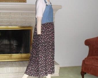 Jumper Dress Denim Bib Top Medium Vintage Folk Dress Farmer Jean Dress Black Pink Blue