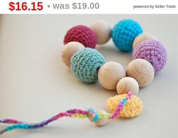 Christmas gift idee Teething toy with crochet wooden beads.