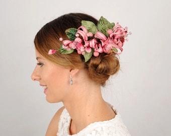 Flower Fascinator, Woodland Wedding Hair Comb, Leaf Head Piece, Pink Wedding Hair Accessory, Rustic Flower Headpiece, Floral Wedding Comb,
