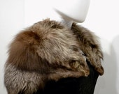 Luxurious 1930s 30s Vintage Art Deco Vtg Silver Fox Real Fur Cape Capelet Shrug One Size Stole