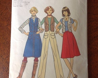 Vintage 1975 Simplicity Teens Vest,Skirt and pants Pattern,Size 13/14-15/16pattern, Size 13/14-15/16 Top Pattern