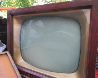 Rare Vintage Traveler Television, 1950's Cherry TV, Collectible Electronics, Set Design, Photography Prop