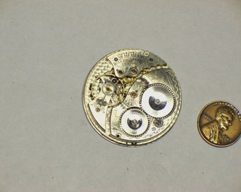 vintage 12s Waltham 17j pocket watch movement gold jewel settings E-409