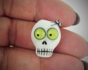 lampwork glass skull bead with spider on for jewellery making, charms, Halloween, day of the dead