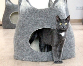 SALE Pet bed - Cat bed - cat cave - cat house - eco-friendly handmade felted wool cat bed - natural grey with natural white - made to order