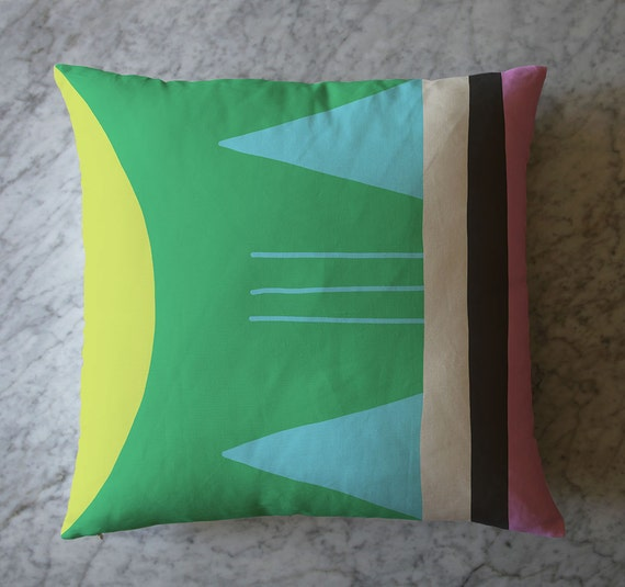 Pillow with Colorblock. May 18, 2016