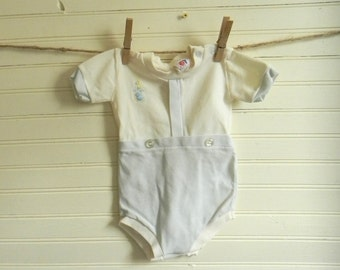 Vintage Baby Outfit, Bodysuit, Blue and White Bodysuit, 0-6 Months  Bodysuit, Baby Boy's Bodysuit Outfit, One Piece Outfit, Vintage on SALE