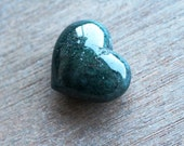 Moss Agate Puffy Heart J50