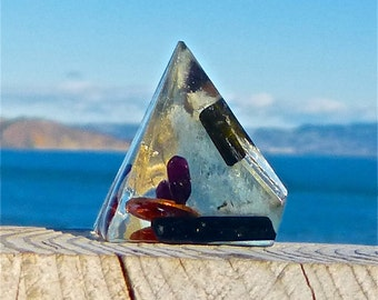 3 Sided Positive Energy Orgone MINI PYRAMID with Aquamarine, Black Tourmaline, Garnet, Silver and Copper. Frequency-Charged EMF Protection.