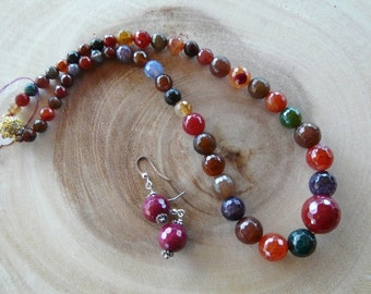17 Inch Graduated Faceted Mixed Color Agate Neklace with Earrings