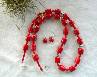 28 Inch Chunky Red Bamboo Coral Necklace with Earrings