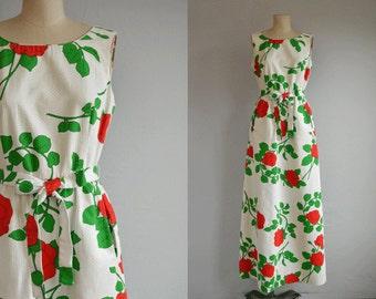 Vintage 70s Malia Maxi Dress /  1970s Mod Red Rose Floral Print Long Luau Sundress / Made in Hawaii