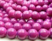 Violet Red and Purple Two Tone Round Glass Beads - 12mm Smooth Mottled Beads, Shiny Colorful Bohemian Beads - 17pcs - BL36