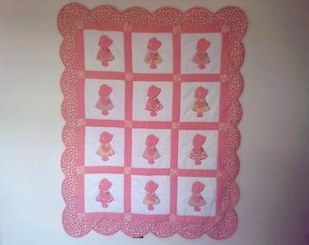 SunBonnet Sue Crib Quilt, Baby Quilt, Baby Gift, Pink Baby quilt