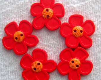 5 Paprika Red Flower Buttons,28 mm,Matte Finish,2 Hole, Dill Brand Buttons, Washable Plastic, Daisy, Pop Art, '70s Design