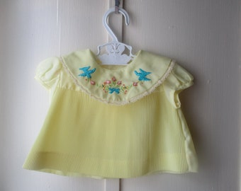 1960's pale yellow infant dress and diaper cover / handmade sweet newborn baby outfit 0 to 3 months
