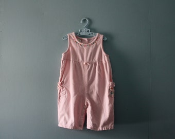 Vintage pink corduroy romper / baby soft one-piece / baby girl size 0 to 12 months