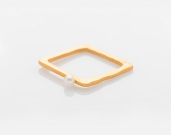 Pearl Ring Sterling Silver  // Gold Plated