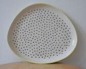Dotty Platter – stoneware – pottery – plate