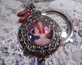 Glinda Good Witch Vintage Style Magnifying glass Necklace 5x MAGNIFYING Wizard of Oz Ruby Slippers Dorothy