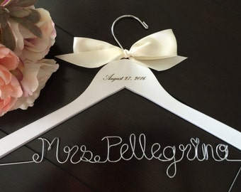 Custom wire hanger, wedding hanger, name hanger, bridal hanger, wire hanger, personalized hanger