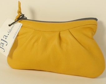 """Coin purse LUCE in """"ocre"""" yellow"""