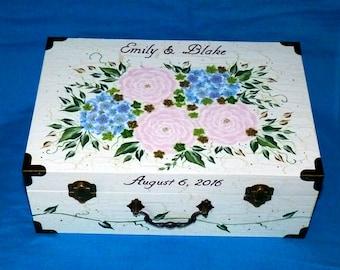 Custom Painted Wedding Card Box Wood Wedding Card Holder Distressed Keepsake Suitcase Trunk Guest Box Personalized Memory Box Wedding Gift