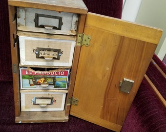 Vintage Folk Art Wooden Locking Dovetailed Box with 4 Cigar Box Drawers and handle