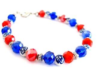 Dutch red white blue bracelet. Holland bracelet. Dutch flag flower bracelet. Dutch bracelet. Delfts blue bracelet. Linnepin010