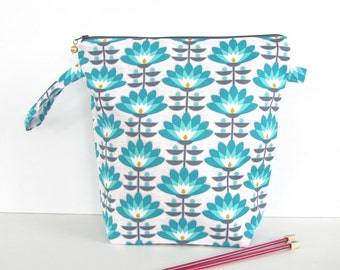 Project Bag Knitting Crocheting Wedge Bag, Zipper Knitting Bag Medium Knitting Tote - Mint Deco Bloom