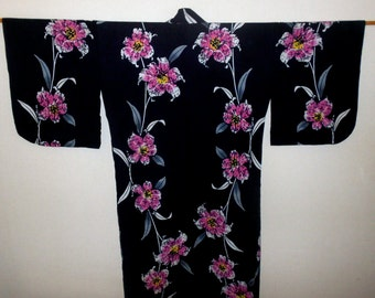 SUMMER SALE 20%off!! - Vintage yukata - Lily / Dark navy