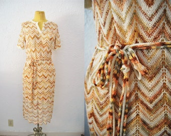 Vintage 70s Zig Zag Chevron Knit Belted Dress Fitted Boho Bohemian Hippie Fall Trend