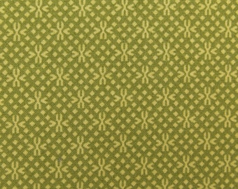 ℳ Green Pea Flowers 100% Cotton 45 Inches Wide FC11657
