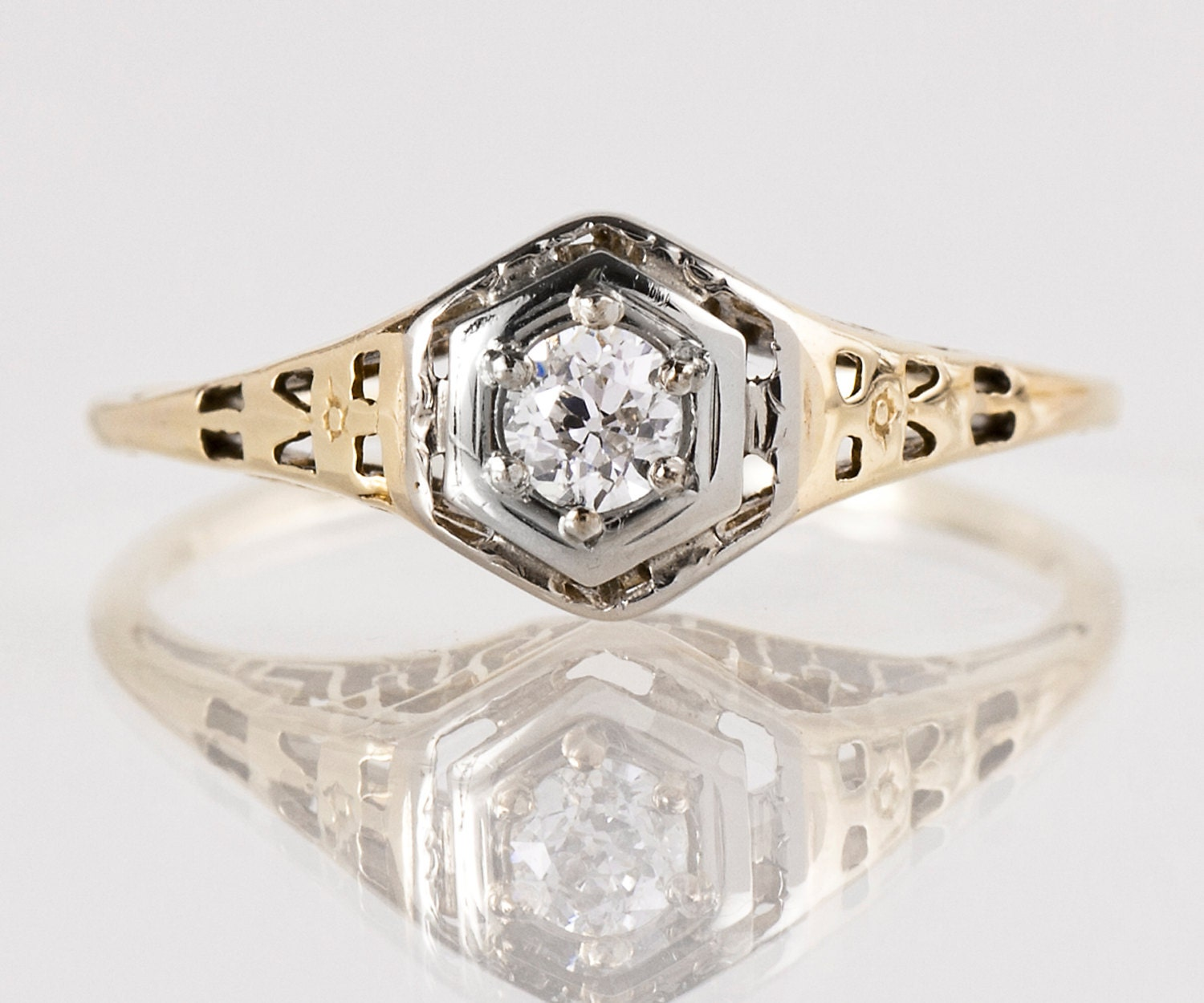 antique engagement ring antique 1920s 14k white green gold