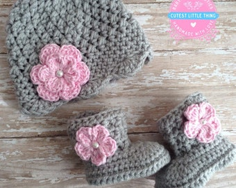Crochet Baby Set, Baby Newborn set, Baby Girl Hat and boots Set, Crochet Baby Girl Hat and Booties with Pink Flower