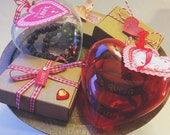 Gift wrapping for valentines day jewelry and bracelet