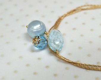 Venetian Murano glass bracelet Dainty blue pearl dangle bracelet Thin gold bracelet Delicate chain bracelet Everyday simple jewelry