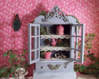 Dollhouse miniature Hutch Cabinet with Accent pieces