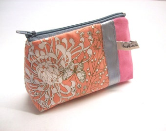 romantic purse light pink in fabric -coin case -zippered case